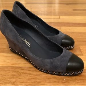 CHANEL Suede Wedges G27984